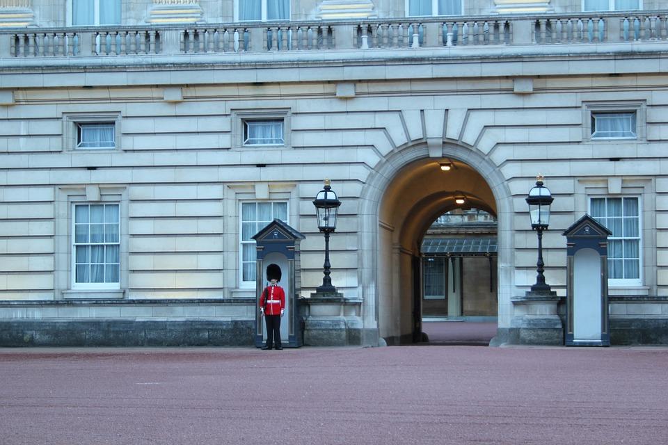 London, Buckingham Palace, Guard, Britain, Palace