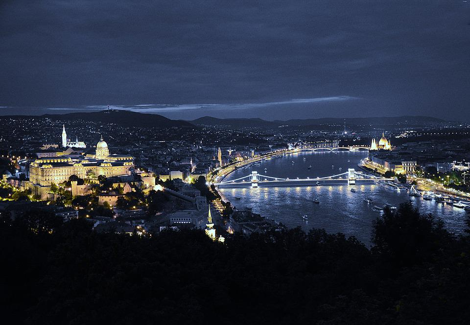 Budapest, In The Evening, Lights