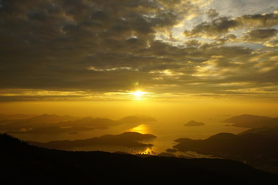 Hong Kong, Buffalo Hill, Dawn