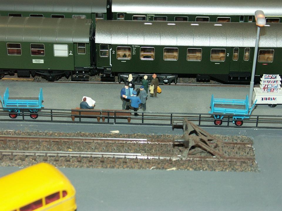 Model Railway, Railway Station, Platform, Buffer Stop