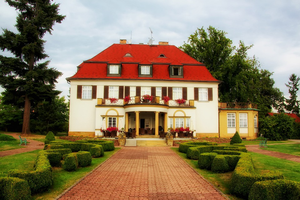 Hotel Verba, Building, Architecture, Grounds