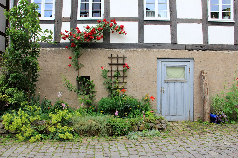 Building, Home, Truss, Fachwerkhaus, Flowers, Roses