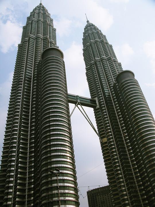 Twin Towers, Malaysia, Building