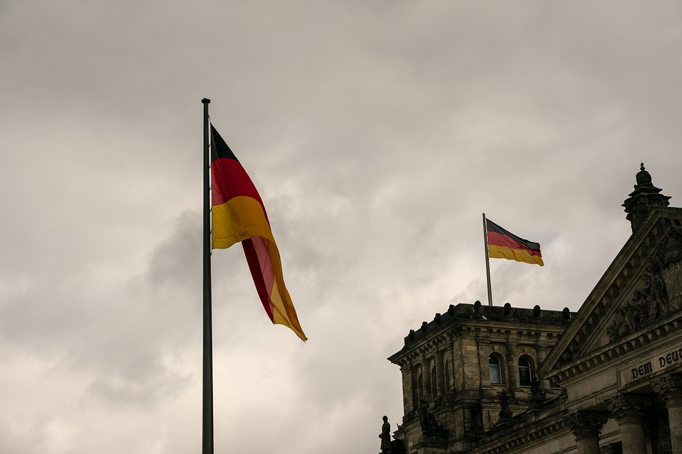 Government, Reichstag, Flag, Germany, Berlin, Bundestag