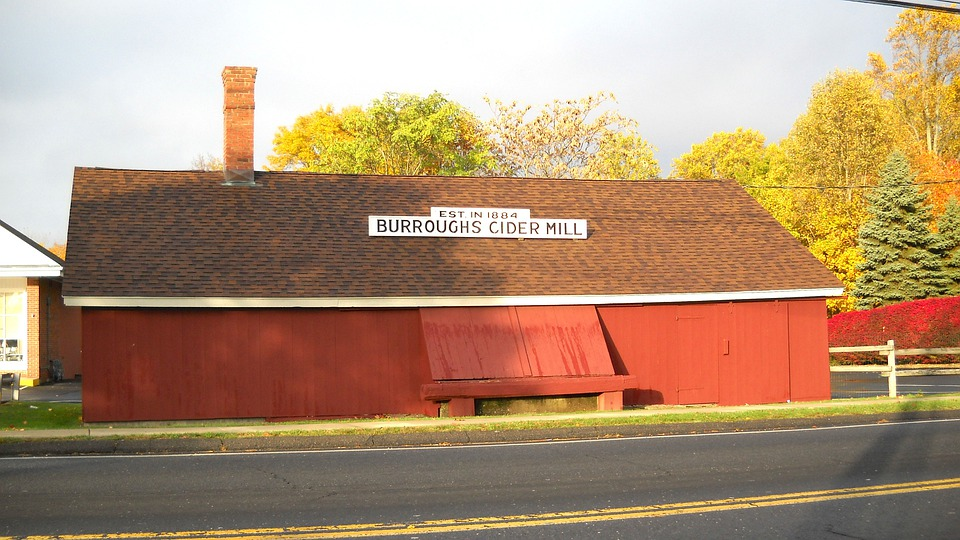 Burroughs, Connecticut, Business, Cider Mill, Store