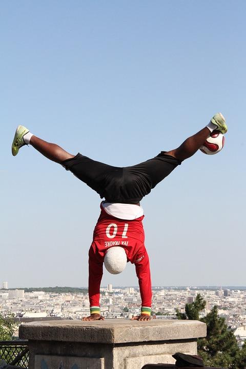 Busker, Soccer, Street Performer, Paris France