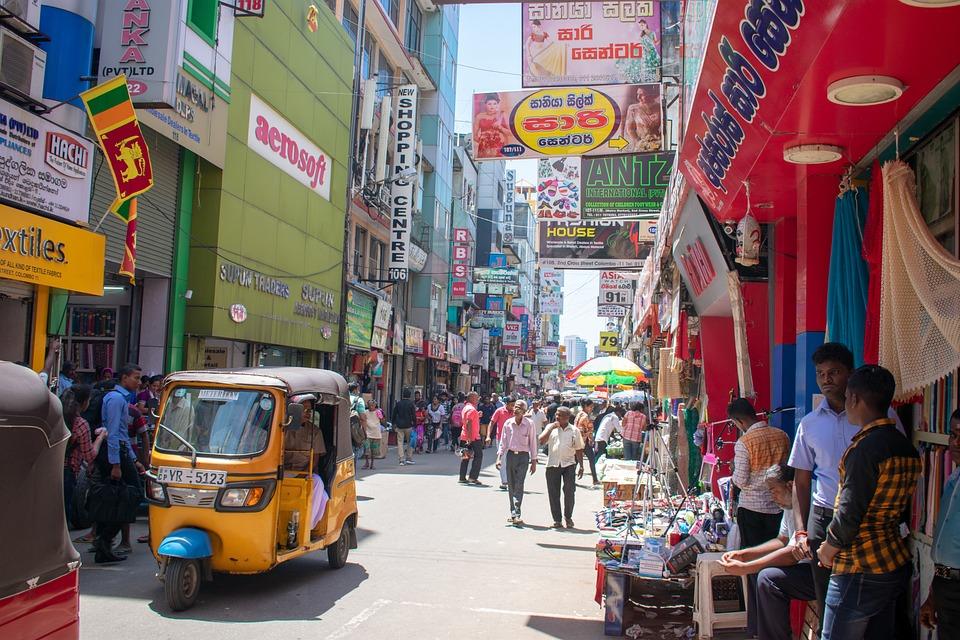 Busy Street, Sri Lanka, Market, People
