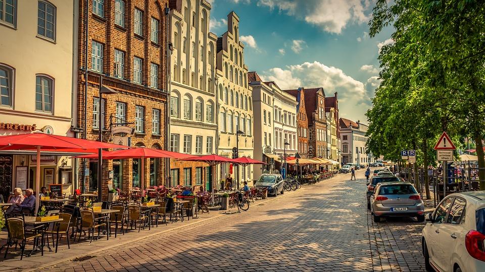 Lübeck, Road, Restaurant, City, Historic Center, Cafe