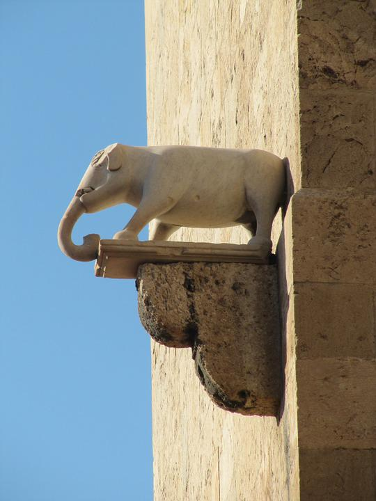 Elephant Tower, Cagliari, Sardinia, Facade, Fig