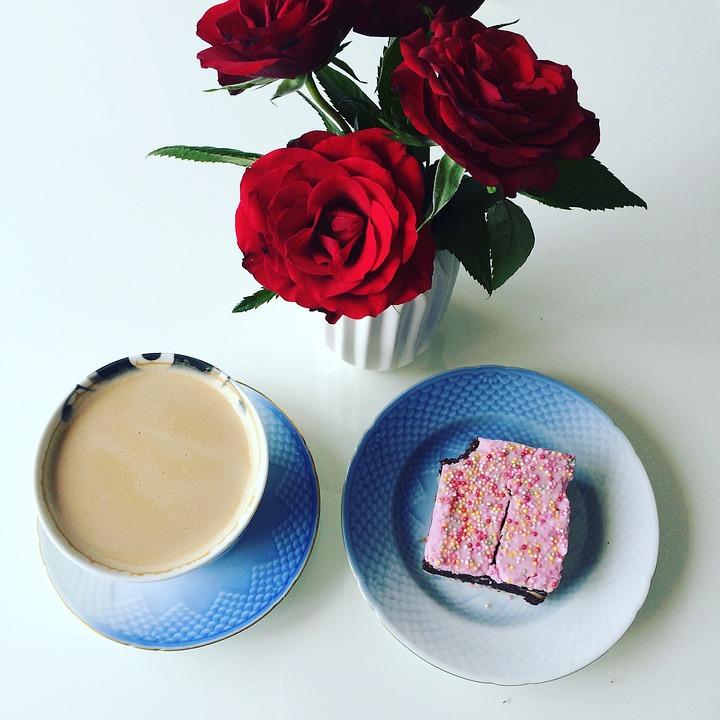 Roses, Coffee, Cake