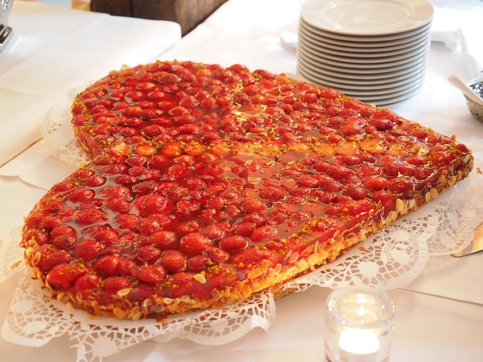 Strawberry Cake, Cake, Heart, Heart Shaped, Love