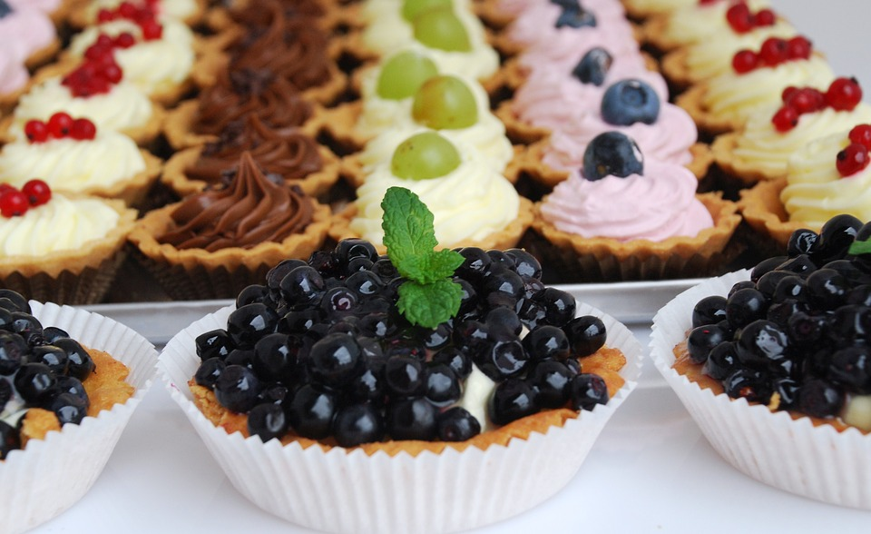 Cupcake With Berries, Pastry Shop, Cakes