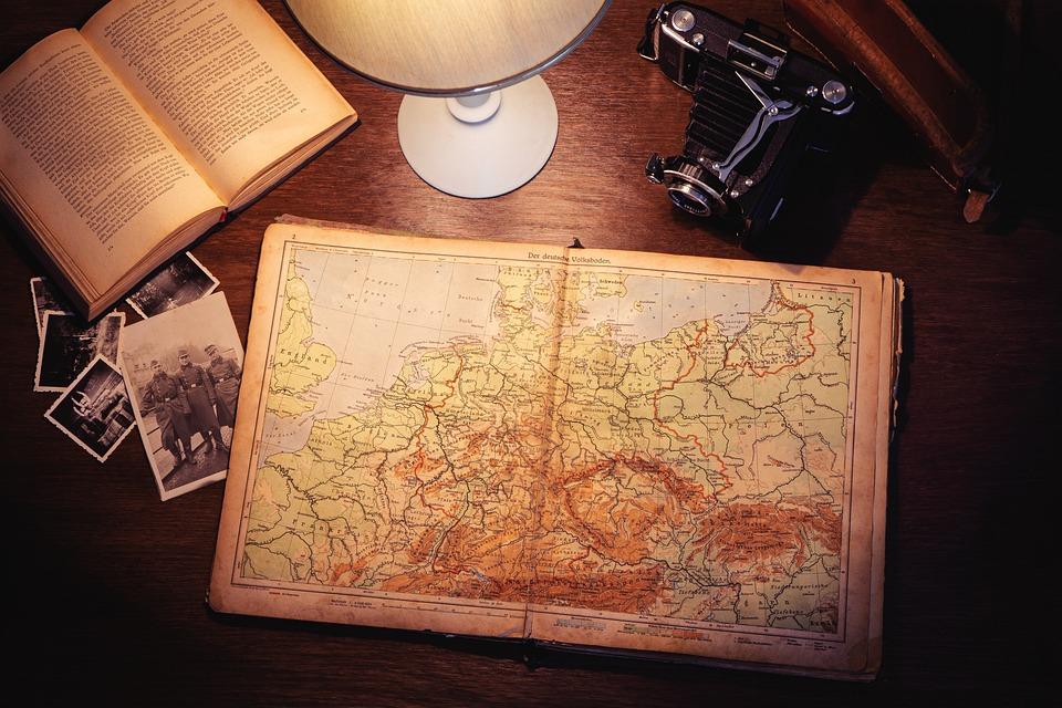Atlas, Camera, Photos, Book, Lamp, Table, Retro, Old