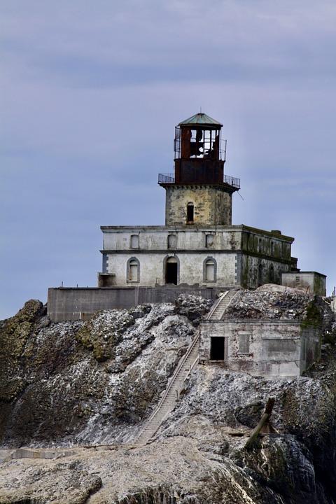 Oregon Coast, Canon Beach, Tillamook Rock Lighthouse