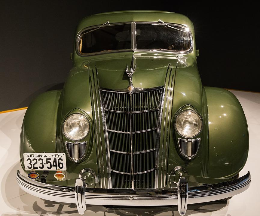 Car, 1935 Chrysler Imperial Model C-2, Airflow