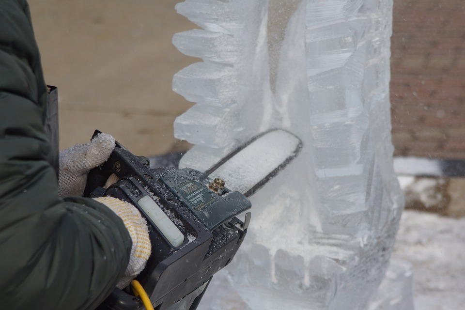 Ice Sculpting, Carving, Sawing, Wings