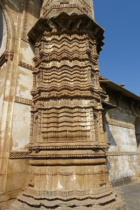 Jama Masjid, Champaner-pavagadh, Pillar, Carvings