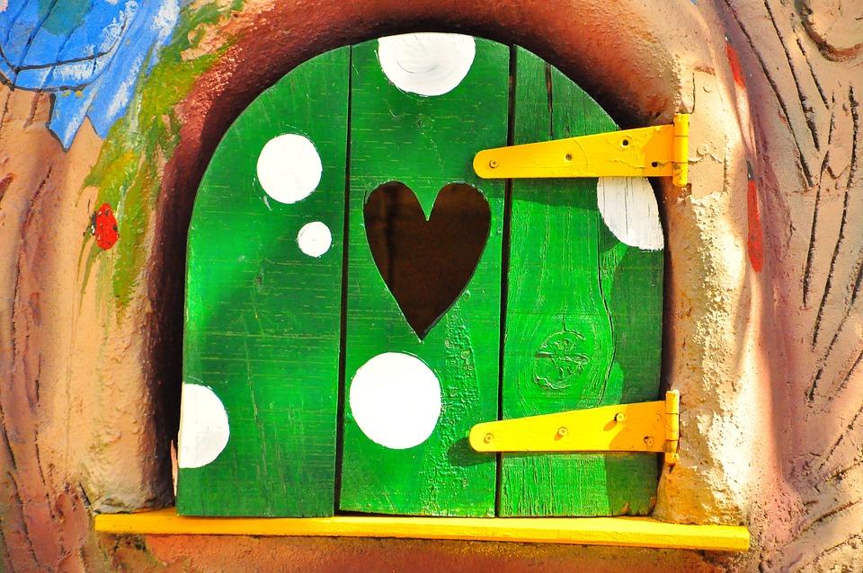 Window, Casita, Child, Game, Wood, Green, Heart, Tale