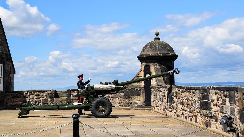 Scotland, England, Edinburgh, Castle, Gun