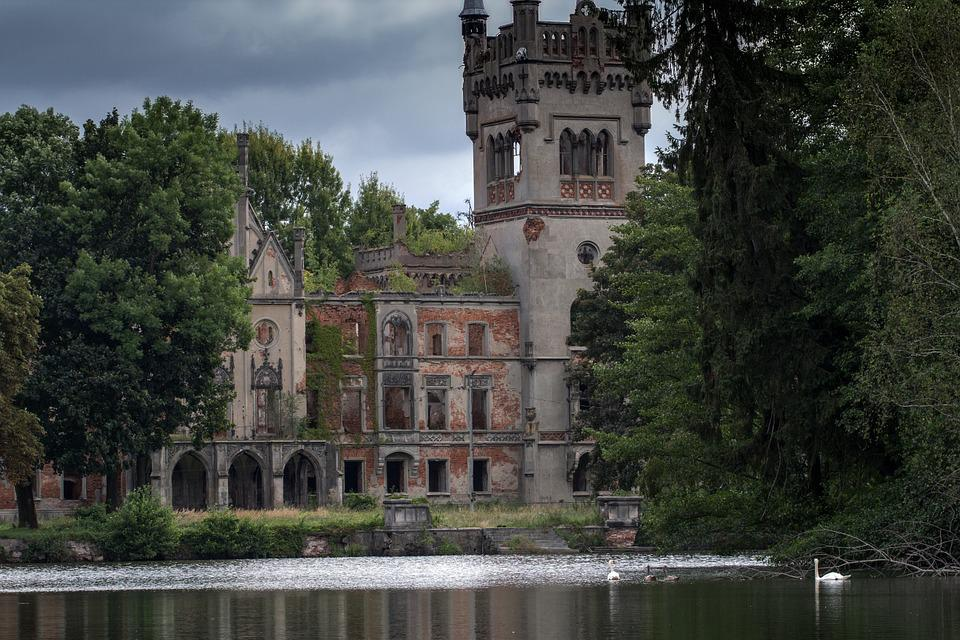 Castle Kapadia, Upper Silesia, Ruins