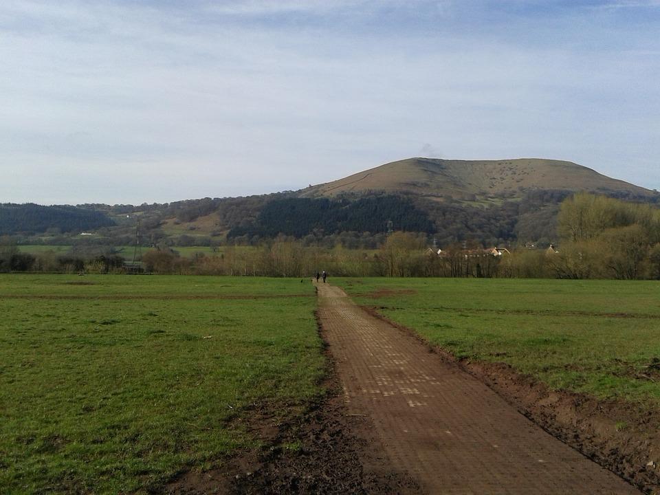 Walk, Castle Meadows, Abergavenny