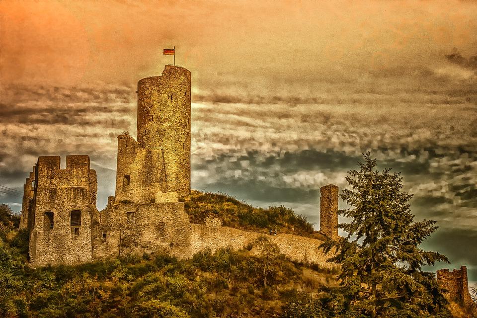 Castle, Monreal, Rhineland Palatinate, Architecture