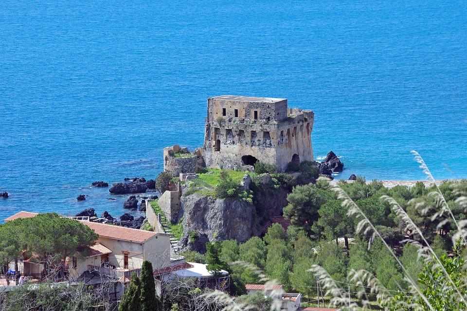 Praia A Mare, Calabria, Watchtower, Ruins, Castle