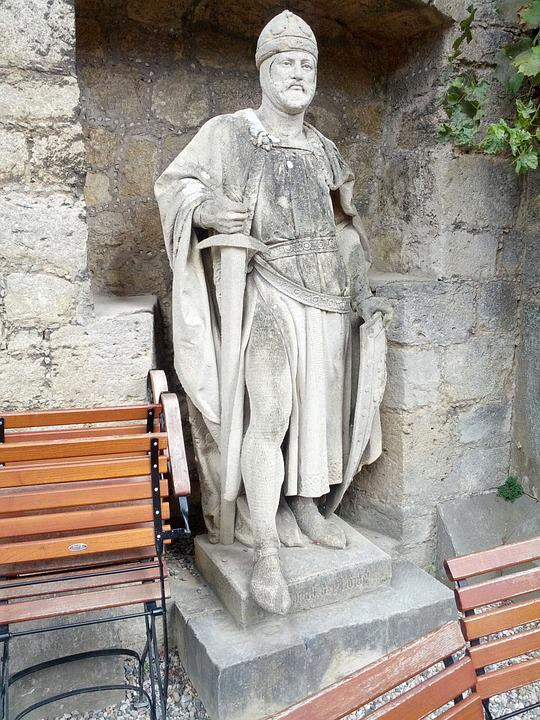Statue, Castle, Marienburg, Augustus, Europe, Sculpture