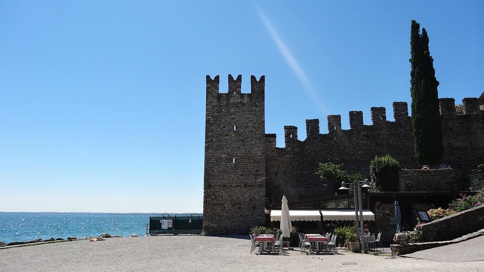 Sirmione, Castle, Garda