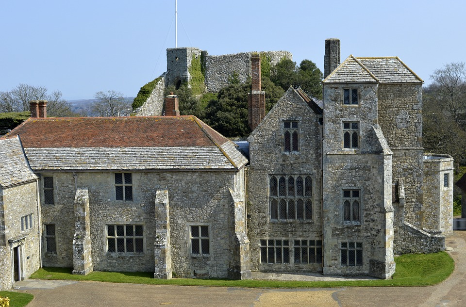 Carisbrook, Castle, Old, Wight, Isle, Courtyard