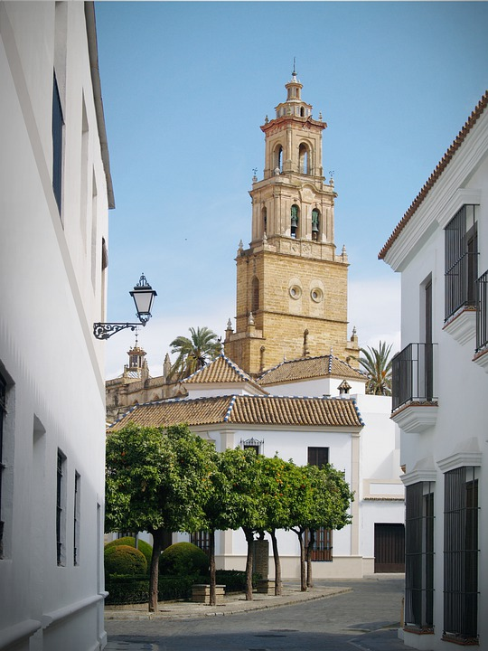 Street, Church, Architecture, City, Travel, Cathedral
