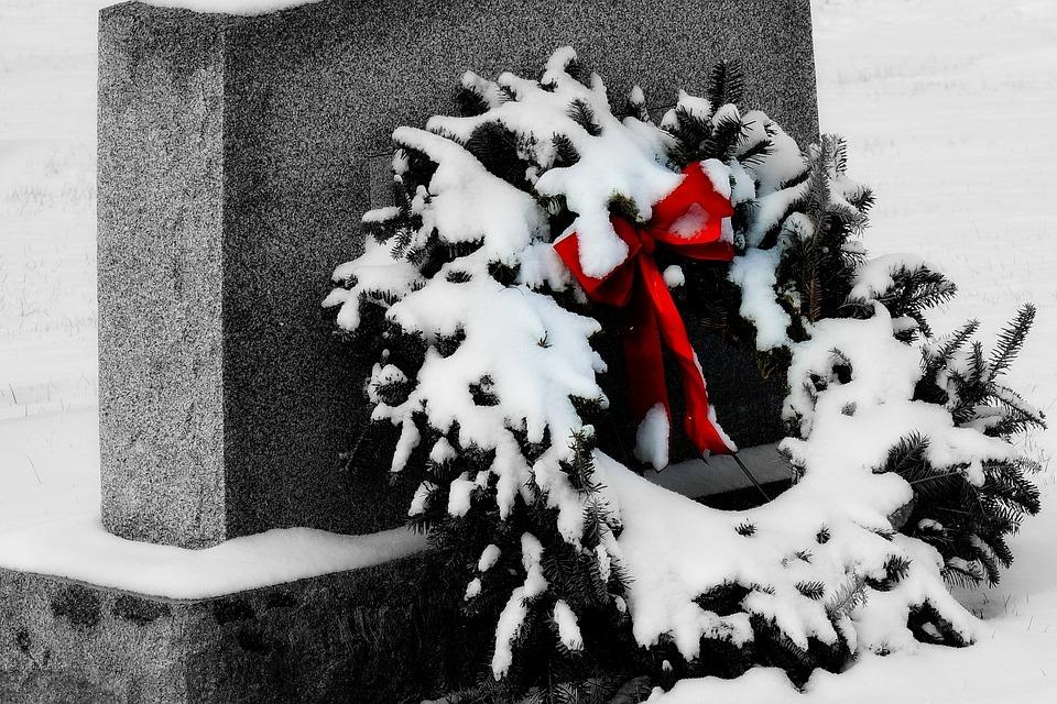 Grave, Headstone, Wreathe, Snow, Christmas, Cemetery