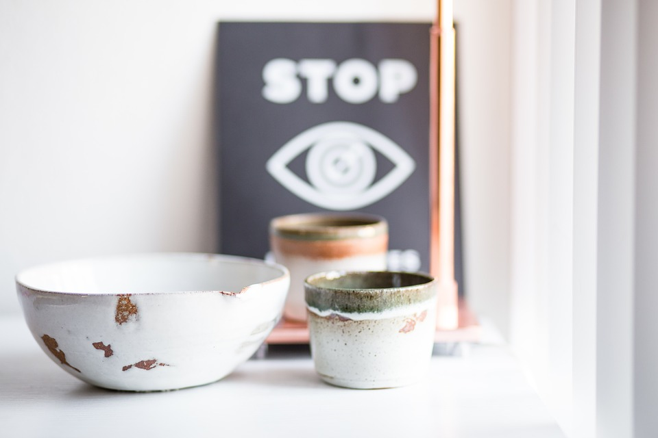 Ceramic, Glass, Bowl, Display, Sign, Inside