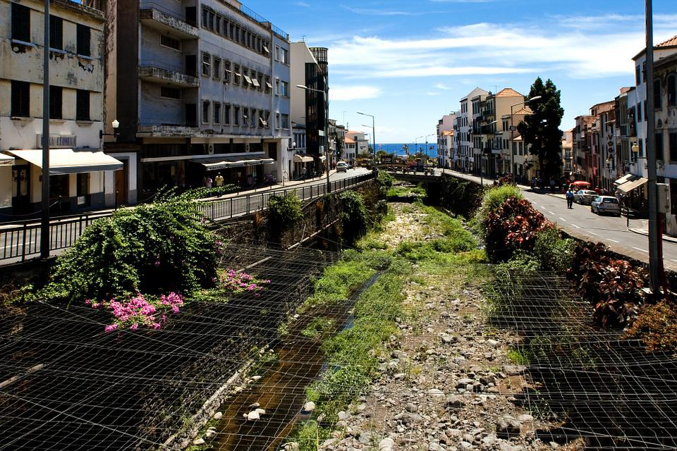 Madeira, Funchal, Channel