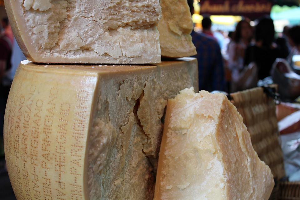 Cheese, Parmesan, Cheese Wheel, Market, Parmesan Cheese