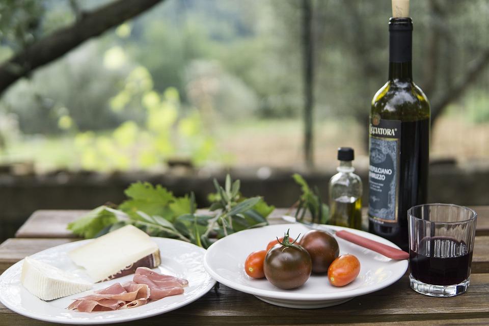 Picnic, Wine, European, Outdoors, Cheese, Lifestyle