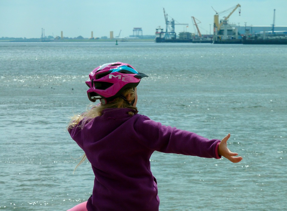 The Harbor, Child, Joy, By The Sea, Port, Elbe Beach