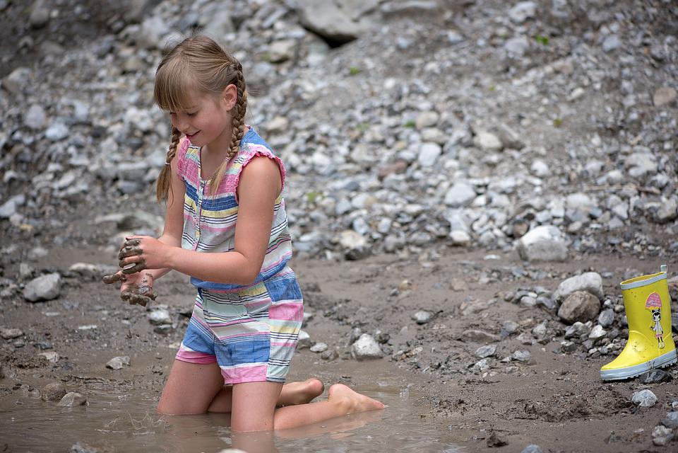 Water, Splashing, Childhood, Child, Girl, Person, Human