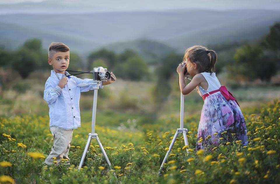 Children, Photographers, Taking Pictures, Boy, Girl