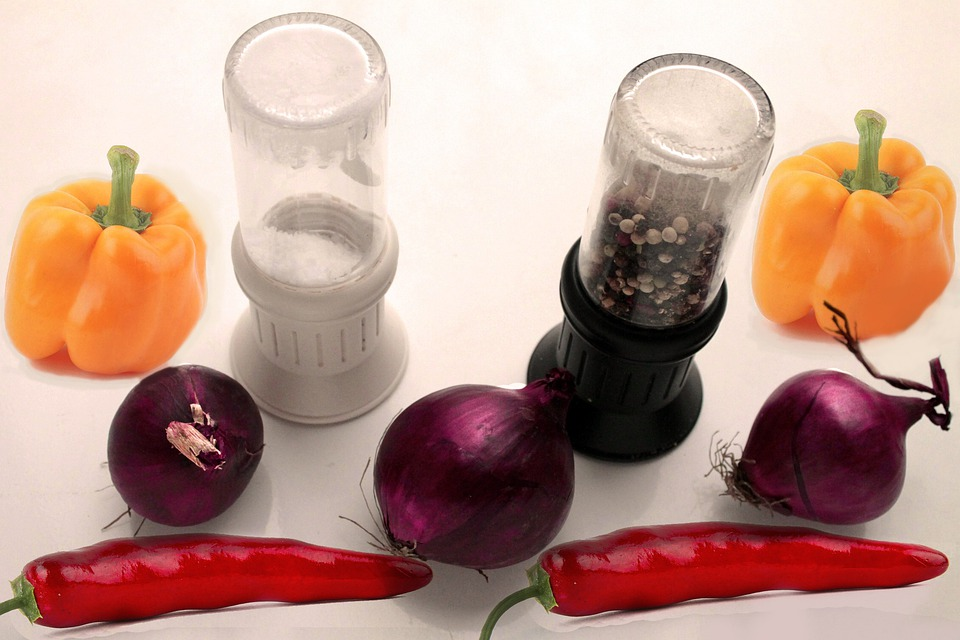 Salt Mill, Pepper Mill, Paprika, Chili, Kitchen, Cook