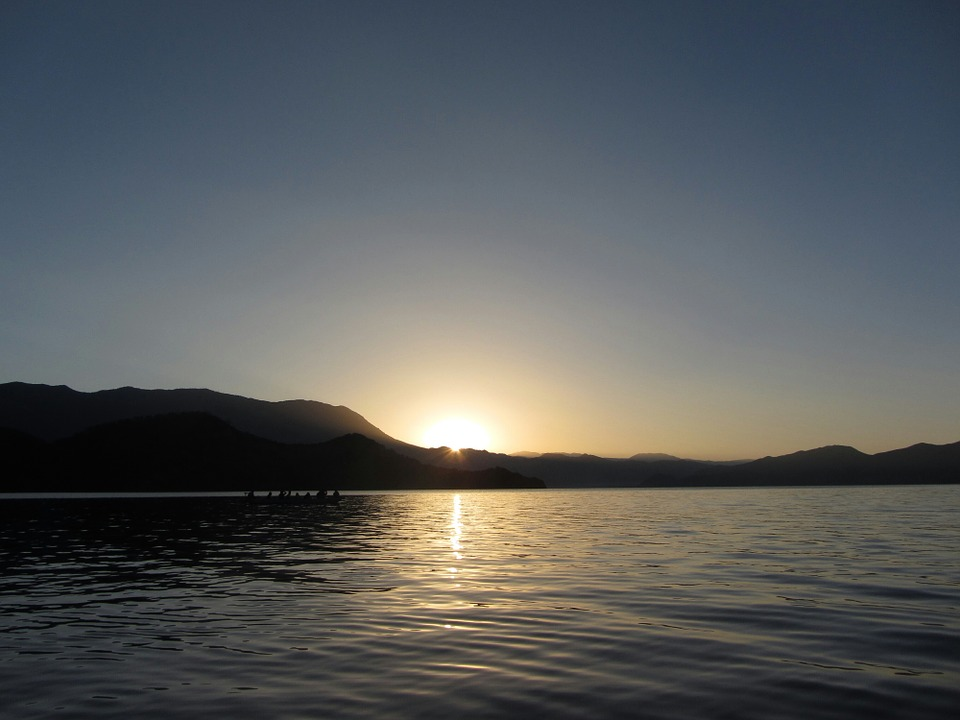 China Lake, Morning, Tourism