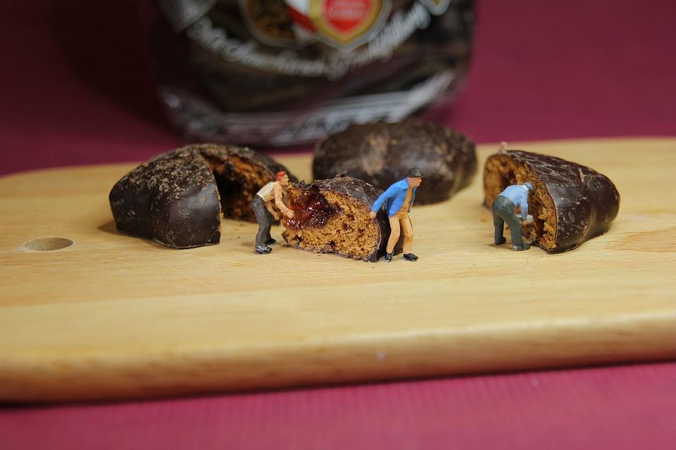 Advent, Chocolate Pastries, Miniature Figures