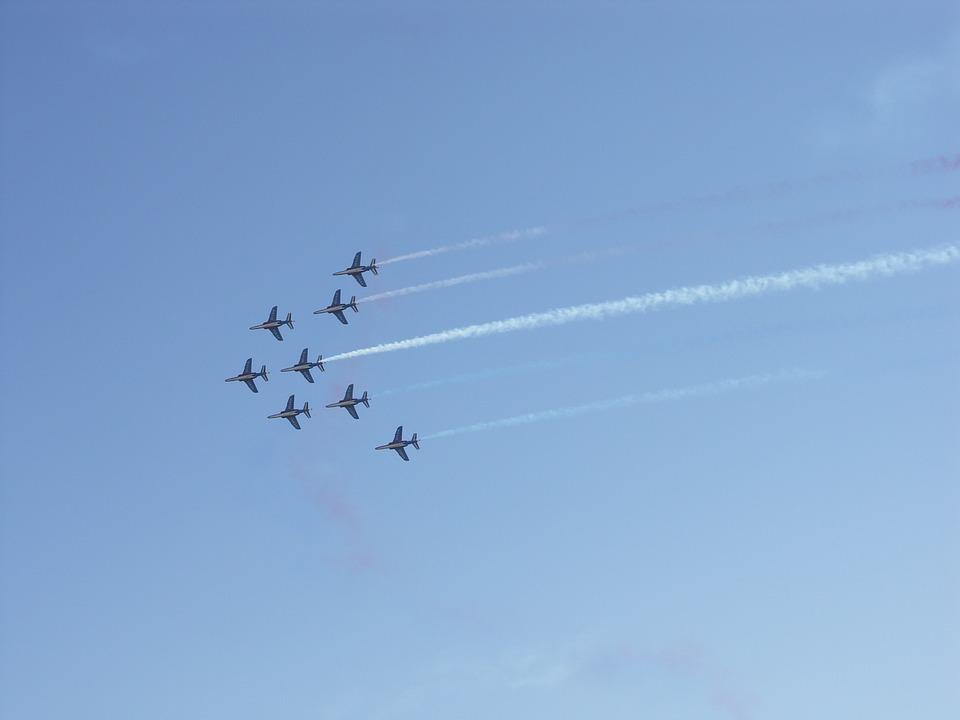 Patrol Of France, Choreography, Sky
