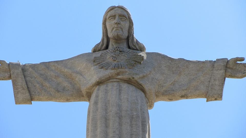 Lisbon, Christ, Statue