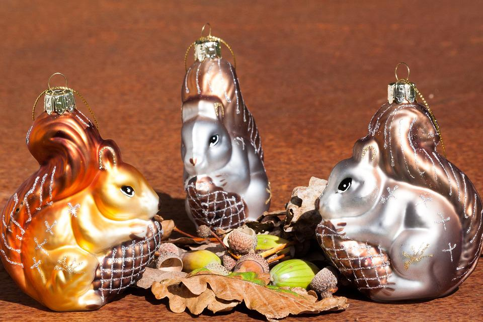 Squirrel, Christmas Decorations, Acorns, Oak Leaves