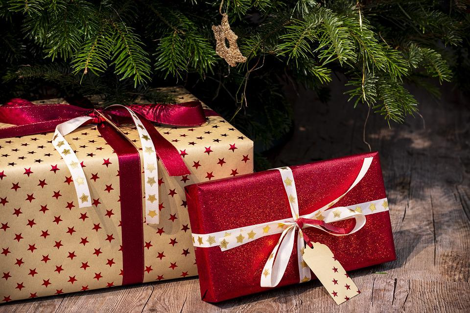 Free Photo Christmas Present Give Gifts Christmas Max Pixel