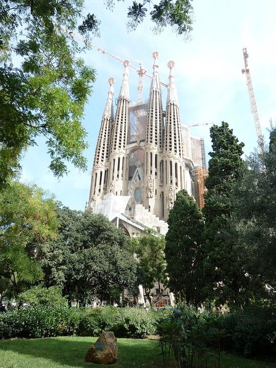 sagrada Familia, Church, Gaudi, Architecture, Outside