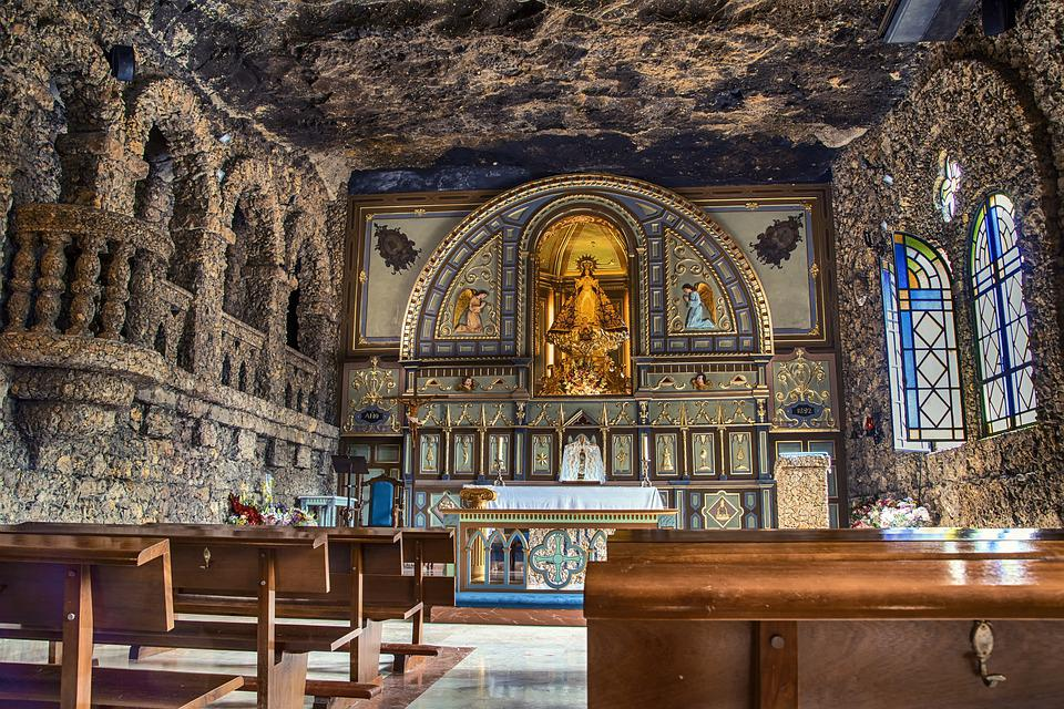 Cave, Church, Altar, Aisle, Pews, Seats, Sanctuary