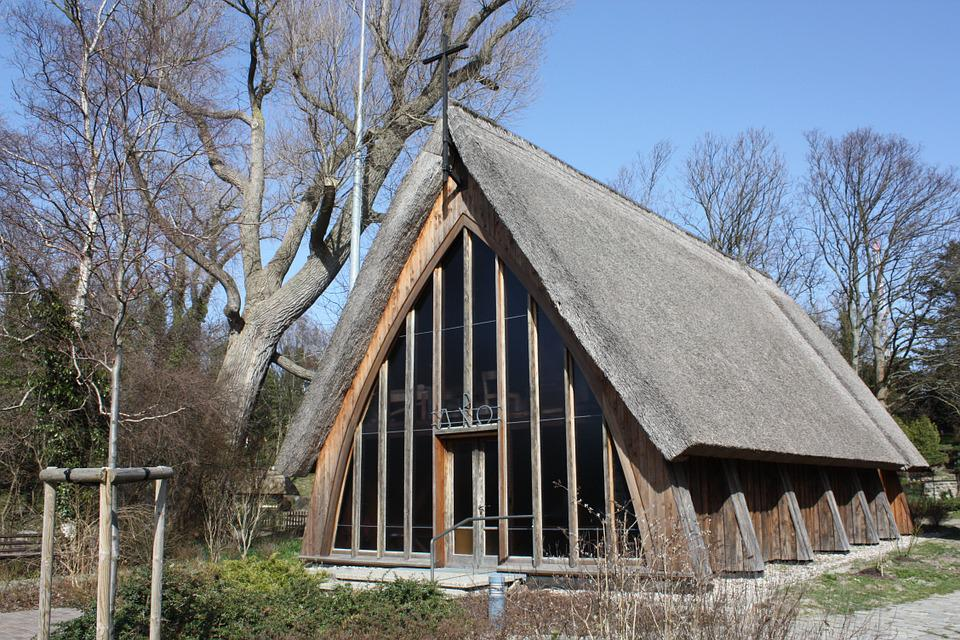 Ahrenshoop, Thatched Roof, Church