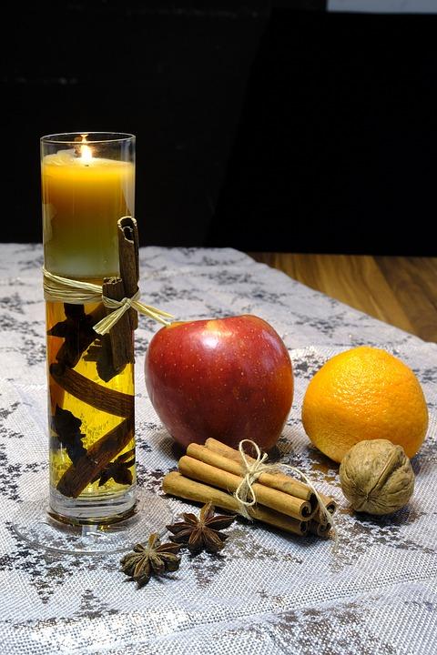 Apple, Orange, Cinnamon, Cinnamon Sticks, Anise